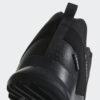 Pánske turistické topánky adidas terrex ax2 outdoor cp cm7471 outdoorova obuv adidas v klasickom nízkom strihu pre výstupy v teréne Terrex AX2 Cp je pánska športovo riešená obuv adidas, ktorá sa hodí najmä na outdoorové aktivity. Vďaka pevnej TRAXION podrážke obuv zaistí maximálny grip do všetkých smerov.