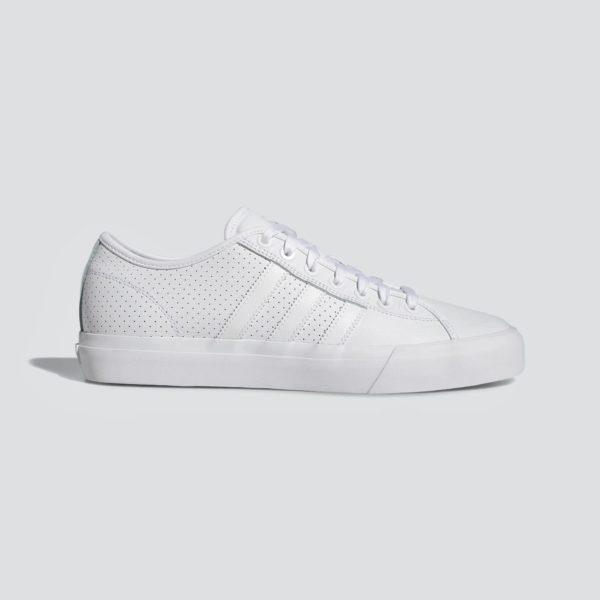 8cebb91d80183 Obuv Adidas Originals Matchcourt RX DB3555 biele, pánske tenisky, nadčasový  design, jednoduché streetové
